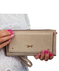 1e41ca916024c Beżowy portfel damski z paskiem 8012
