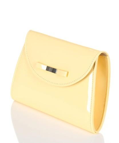 80d8f89653847 Lakierowana żółta kopertówka z kokardką W54 Centrum Modnych Torebek