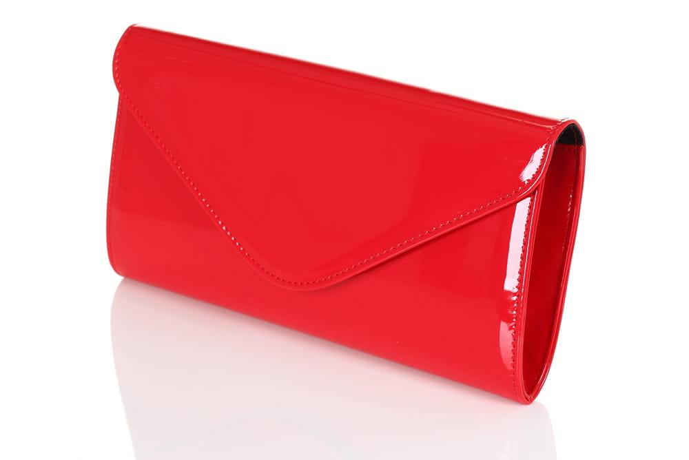 19562c6020dcb Czerwona mała lakierowana kopertówka W35 Centrum Modnych Torebek