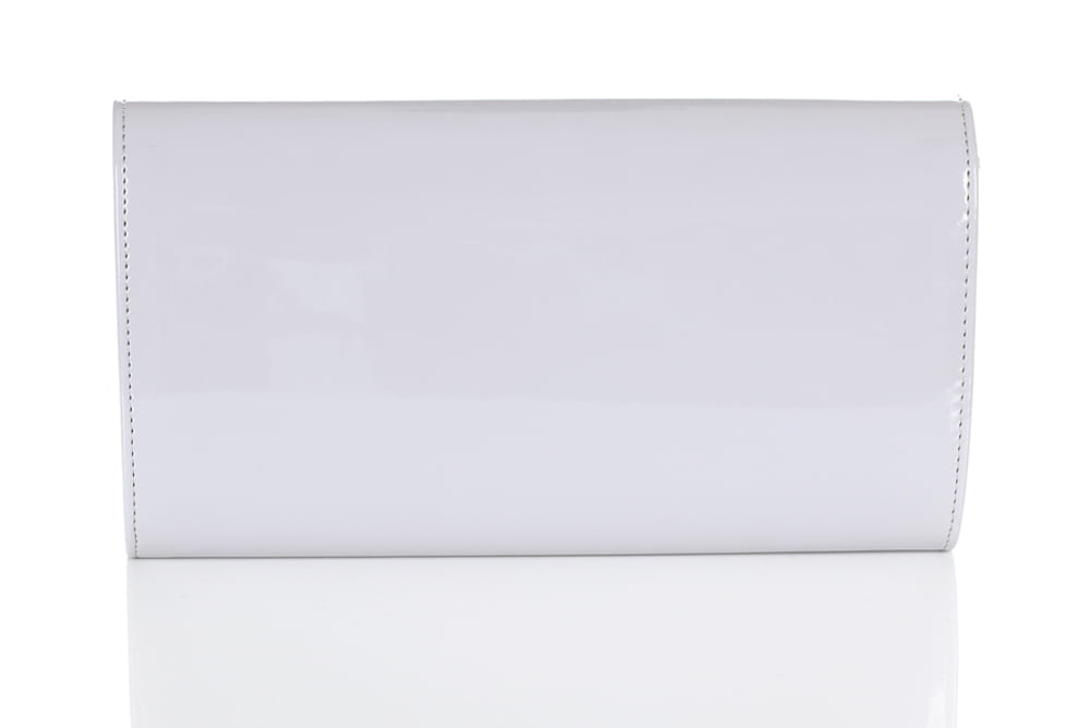 0bc2a31f0e879 Jasno szara lakierowana kopertówka W25 Centrum Modnych Torebek